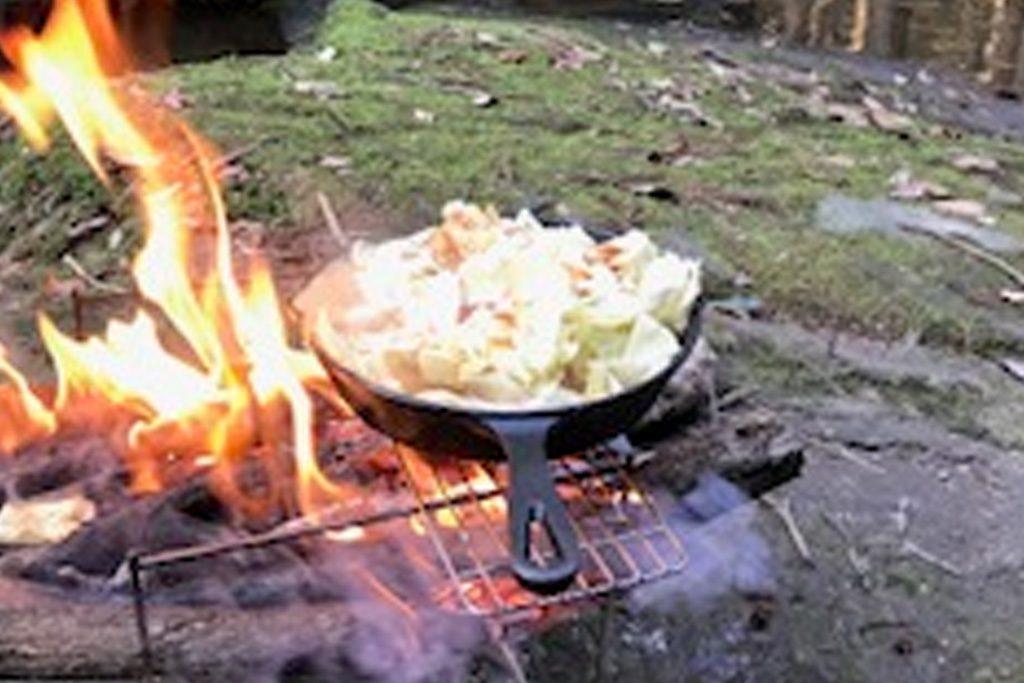 『ホルモン鍋』
