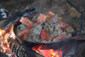 牛肉とトマトのオイスターソース炒め